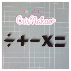 Recortes em Feltro - Símbolos Matemáticos 2cm - 25un