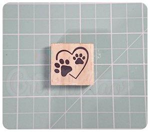 Carimbo Artesanal - Patinhas coração  3x3cm