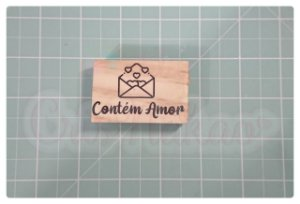Carimbo Artesanal - Contém amor cartinha aberta 5,5x3,5cm