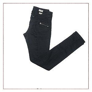 Calça Preta Skinny H&M