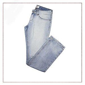b84bcbf50f79a Calça Jeans Feminina   Brechó Online - Enfim Lucrei