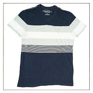 Camiseta American Eagle Listras 37960373a40af