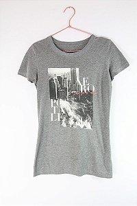 Camiseta Aeropostale Cinza