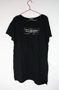 Camiseta Zara Preta Escrita