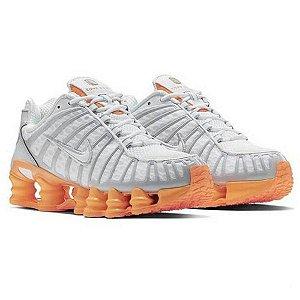 Tênis Nike 12 mola TL Branco laranja (Unissex)