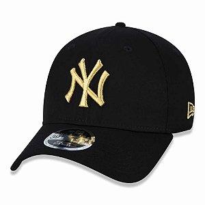 Boné New York Yankees 3930 Gold on Black MLB - New Era
