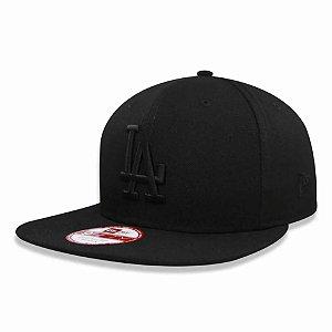Boné Los Angeles Dodgers Strapback Black on Black MLB - New Era