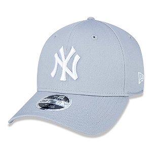 Boné New York Yankees 3930 White on Gray MLB - New Era
