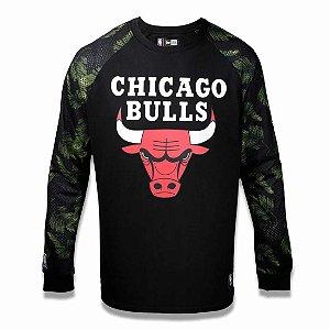 Camiseta Chicago Bulls NBA Folhagem Preto - New Era