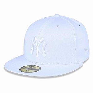Boné New York Yankees 5950 White on White Fechado - New Era
