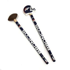 Kit 2 Lápis e Borrachas NFL Denver Broncos