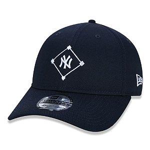 Boné New York Yankees 920 Essentials Field AZ - New Era