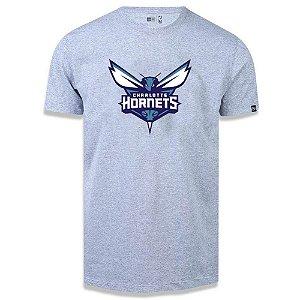 Camiseta New Era Charlotte Hornets Basic Logo NBA Cinza