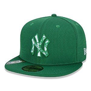 Boné New Era New York Yankees 5950 MLB 20 Step Aba Reta