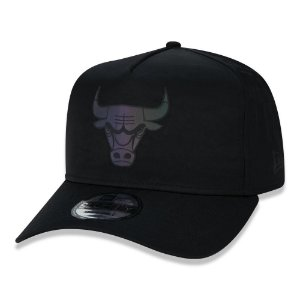 Boné New Era Chicago Bulls 940 Space Galaxy Aba Curva Preto