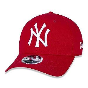 Boné New Era New York Yankees 3930 League Basic Vermelho