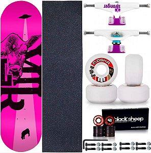 Skate Completo Maple Milk Beto Janz Pink 8.0 + Rolamento BS + Roda Moska + Truck Stronger