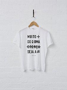 """Camiseta """"Muito mais do que uma crença seja a diferença - track 02"""""""