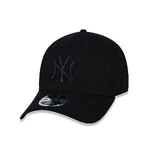 Boné New Era 3930 Aba Curva Yankees - Fechado