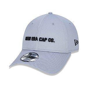 Boné New Era 920 Aba curva CAP CO Cinza - Strapback