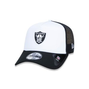 Boné New Era 940 Raiders Trucker Aba curva - Branco/Preto
