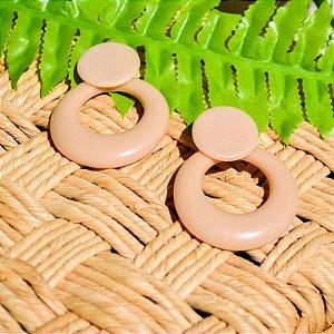 Brinco de Resina Circulo Vazado Médio - Nude