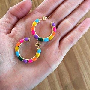 Brinco de argola gominhos esmaltados colorido