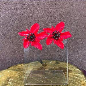 Brinco Orquídea de Resina Cor Rosa Neon Com Aplique de Strass Camila Vanni