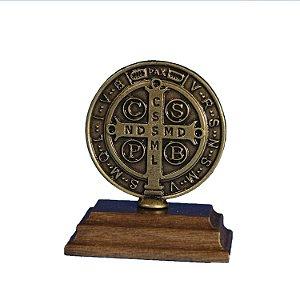 Imagem da medalha de São Bento