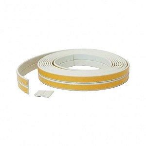 Veda Frestas Adesivas Pequenas Liso 2x9mm Branco 6 Metros para Portas e Janelas Comfortdoor