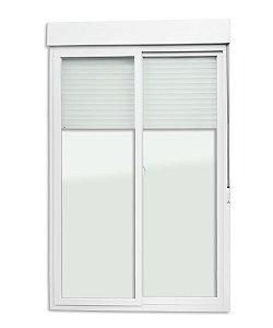 Porta de Correr 2 Folhas Móveis em PVC Acionamento Manual c/ Cremona c/ Vidro Liso Temperado - Brimak Itec