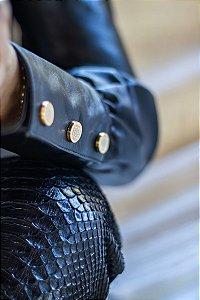 Blusa Manga Longa com botões no punho