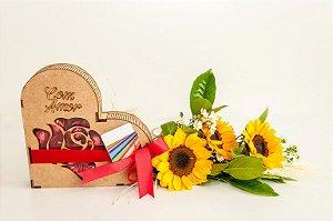 Arranjo de Girassol com Coração de Chocolate