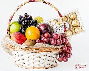Cesta de Frutas Premium com Ferrero Rocher