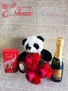 Buquê de 3 Rosas Vermelhas com Panda e Lindt