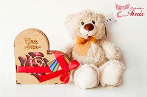 """Kit Urso e Coração de Chocolate """"Com Amor"""""""