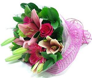 Pequeno Buque de Flores Pink