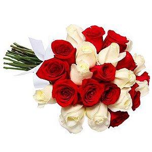 Buquê 24 Rosas Vermelhas e Brancas