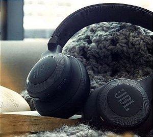 Fone de Ouvido Sem fio JBL E55BT - Bluetooth/20 Horas de Reprodução/Microfone