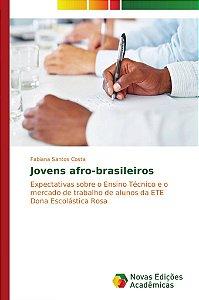 Jovens afro-brasileiros