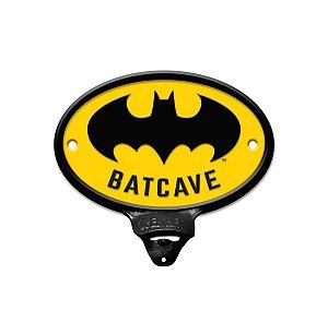 Abridor de Garrafa Metal Batman - Batcave