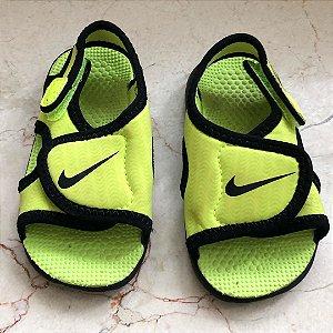 Sandalia Nike - 21 EUR / 20 Brasil