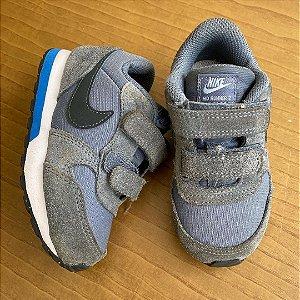 Tênis Nike - 21.5 Brasil