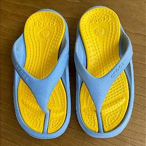 Chinelo Crocs - C10-11 / 28-29 Brasil