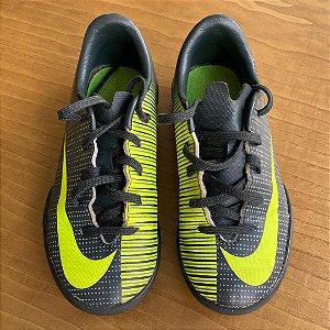 Chuteira Nike - 26 Brasil