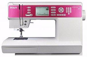 Máquina de Costura Eletrônica PFAFF AMBITION 1.0 136 Pontos - 110 VLTS + kit de linhas