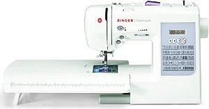 Maquina de Costura Singer Patchwork 7285 - 220 VLTS + KIT DE LINHAS