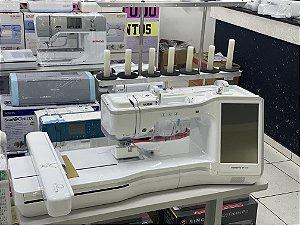 Maquina de Bordar Brother 3600 36x24 Cm  Com Suporte de Linha em Aluminio 7 cones