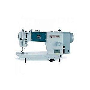 Máquina de Costura Reta Singer 114G-20 CEB Direct Drive -110 V com Kit de Calcadores