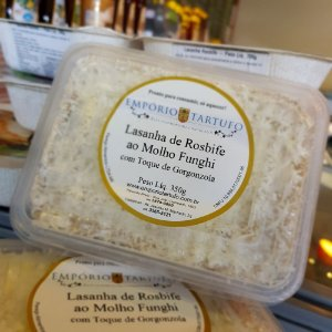 Lasanha de Rosbife com Molho Funghi com Toque de Gorgonzola 350 gramas